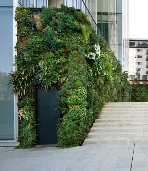 Den vertikale haver af patrick blanca   samstroi   byggeri, design ...