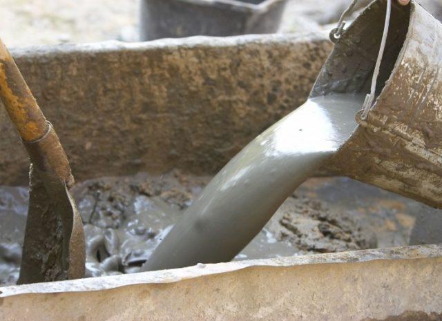 Применение жидкого стекла в цементном растворе фигурки из цементного раствора