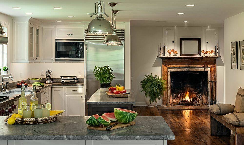 Интерьер кухни с камином 3 32 Строительный портал