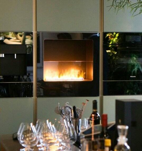 Интерьер кухни с камином 7 15 Строительный портал