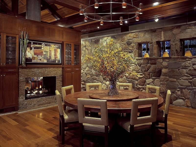 Интерьер кухни с камином 8 16 Строительный портал